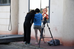 http://fr.elodiedonaque.com/files/gimgs/th-13_18_BaladeChalon_MakingOff_Michel_Wiart.jpg